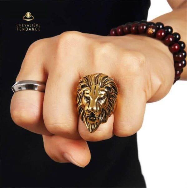 Chevalière homme lion or