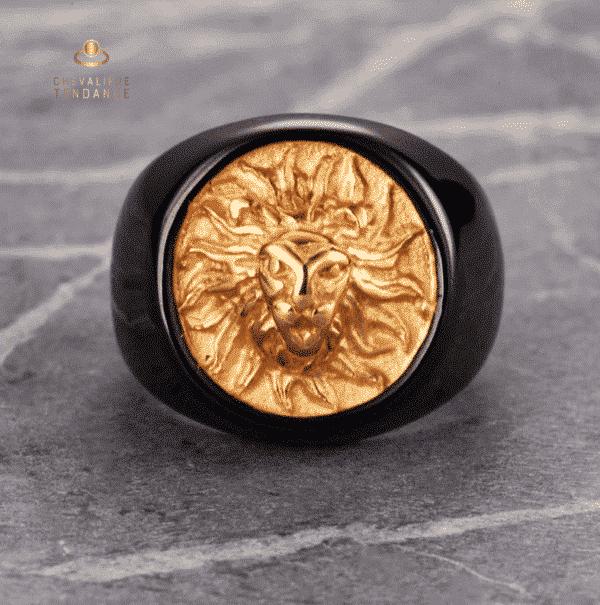 Chevalière tête de lion or noir