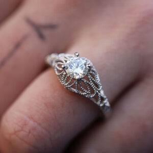 Bague fleur diamant blanc