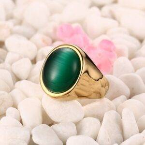 Bague or pierre verte